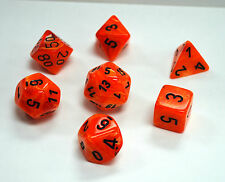 Dungeons & Dragons Fantasy 16mm 7 Piece Dice Set: Vortex Orange w/Black  27433
