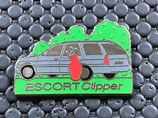 PINS PIN BADGE CAR FORD ESCORT CLIPPER
