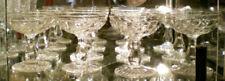 Verres, flûtes et services en verre ou cristal de grandsnom français