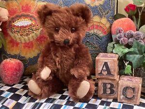 "12"" PETITE ANTIQUE 1920s KNICKERBOCKER TEDDY BEAR WITH FULL BROWN MOHAIR COAT"
