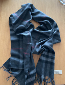 Burberry Giant Check Cashmere Men's Scarf Charcoal Gray