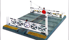 Peco LK-750 Level Crossing Gates O Gauge