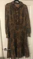 BEAUTIFUL VINTAGE STYLISH PAISLEY PRINT PLEATED TEA DAY MIDI DRESS SIZE 12 VGC