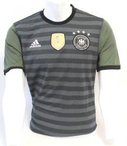 International Soccer Jersey- Germany Mans Grey/ Green Size Small