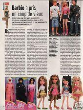 Coupure de presse Clipping 2006 La Poupèe Barbie un coup de vieux (1 page)