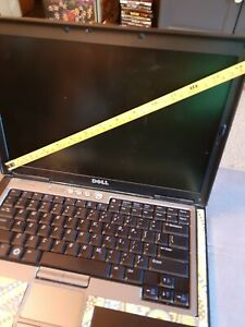 DELL LATITUDE D630 LAPTOP Intel Core Duo  dvd for parts / repair 14 inch