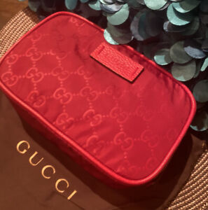 NWT Authentic GUCCI Guccisimma GG In Red Nylon Travel Toiletry Cosmetic Case