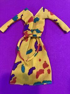 Barbie -Best Buy-Superstar Era- 1/6 scale. VINTAGE Yellow Paint Splotch Dress ⭐️