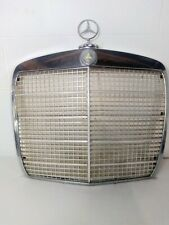 MERCEDES-BENZ  W108  W109  280SE  280S  280SEL ,  FRONT  CHROME GRILLE