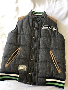 NWT Seattle Seahawks Insulated Puffy Twill Vest All Stitched Size Medium NFL
