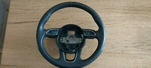 Audi Q3 Steering wheel with paddle shifts
