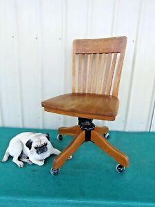 Antique 1920's Milwaukee Chair Co Office Chair Desk Swivel Chair Oak Wood