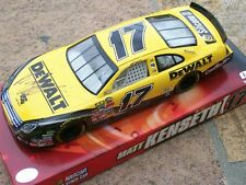 *MATT KENSETH*SIGNED*AUTOGRAPHED*DEWALT*#17*CAR*1/24*2007!
