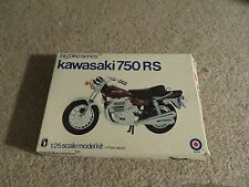 Entex Big Bike Series Kawasaki 750 RS 1:25 Scale Model Kit Complete Unbuilt