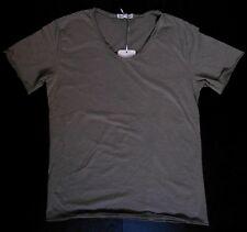 T-shirt uomo Grigio 95 %25 cotone, 5%25 elastane, slim fit, scollo a V Made in Italy