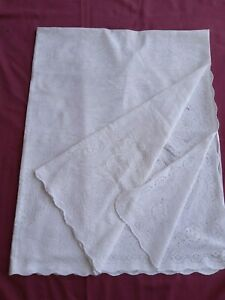 """WHITE PATTERNED TABLECLOTH  - 96"""" X 60"""""""