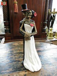 """ETERNAL EMBRACE"" FIGURINE. Skeletons, Wedding Day Gift, Gothic Ornament. Dark."