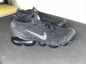 nike air vapour max flyknit Used Size UK 8