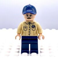 LEGO JURASSIC WORLD Female Park Staff Ranger MINIFIGURE JURASSIC PARK