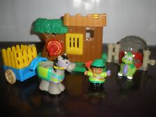 Fisher Price Little People Lil Kingdom Castle 2003 Watchful Woodsman Robin Hood