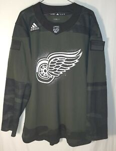 Detroit Red Wings 50 Size Jersey NHL Fan Apparel & Souvenirs for ...