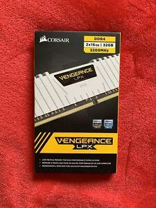 CORSAIR VENGEANCE LPX 32GB 2X16GB DDR4
