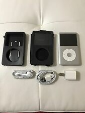 Apple iPod classic 7th Generation Silver (160 GB) in excellent condition