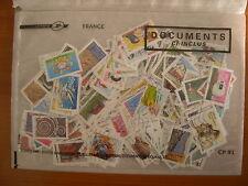 Lot de 250 timbres récents, nombreuses séries complètes