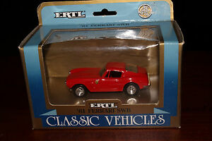 ERTL CLASSIC VEHICLES, 1961 FERRARI SWB SPORTS CAR,  BOXED
