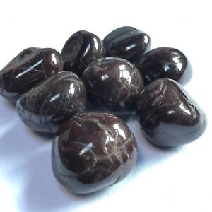 Garnit Polished Tumbled Stones 25-30 mm - ave weight per piece 30 grams