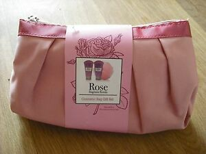 Cosmetic Bag Gift Set (pink) - Rose Fragance ***BRAND NEW NOT OPENED***