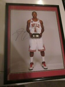 Derrick Rose Chicago Bulls Signed Autograph Framed 16x20 Rookie of the Year Pic