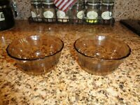 Lot of 2 Corning Pyrex Amber Glass Custard Cups Bowls 175ml Scalloped Edge H-24