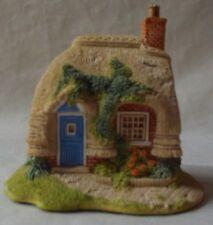 Vintage Lilliput Lane 'Petticoat Cottage' 1994 Collectors Club Figure