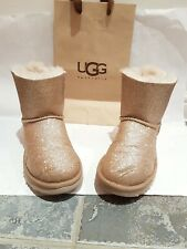 Original /ugg uggs glitter gold. Size 4 or eu 37. Whith bow.