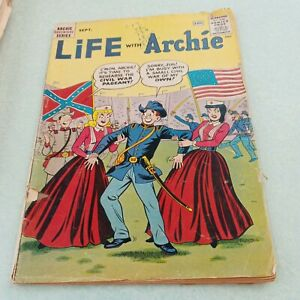 Life With Archie #10**Archie Comics (1961)*betty and veronica*Civil War Cover