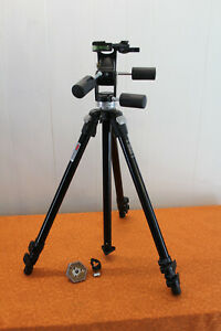 Manfrotto Bogen 3021 Camera Tripod Black with 3047 Pan-Tilt Head EXCELLENT
