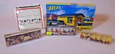 Walter Merton West End Seated Figures & Crates, Preiser Bags-Cattle-Atlas Shanty
