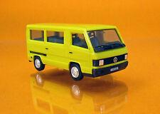 """Herpa 028806 Mercedes-Benz 100 D Bus """" Herpa H-Edition """" mit Kennzeichendruck"""