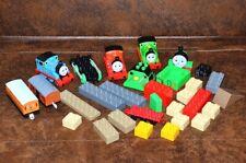 Bundle lot of plastic Toy THOMAS Train locomotive vagoni LEGO DUPLO +25 pcs