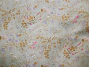 90 x 140 cms Vintage 1940s 1950s Textured Poly Silk Fabric Hedgerow Flowers
