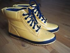 Vintage REI Yellow Rubber Lined All Weather Women's duck boots 6 Cute!