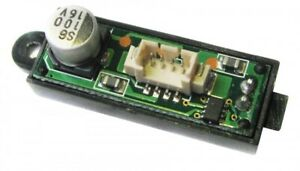 Scalextric C8516 F1 EasyFit Digital Plug for Open-Weeled 1:32 slot car part