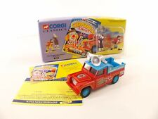 Corgi 07202 - Land Rover Public Address & Clowns - 1:50  en boite