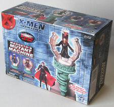 MARVEL X-Men The Movie MAGNETO'S MUTANT MACHINE with Light Up Spinning Action