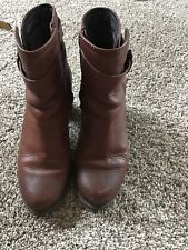 Womens Clarks boots - brown -  Ankle With Buckle 8.5