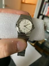 beautiful, classic ladies omega constellation watch 6552/864