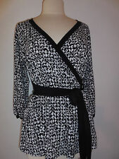 New Sz M  OLIAN Long Sleeve Wrap Black/White Top ( Polyeser/Spandex) Made in US