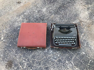 Vintage AMC Portable Typewriter w Carrying Case Made France 1950s
