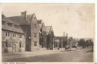 Worcestershire Postcard - Lygon Arms - Broadway - Ref 504A